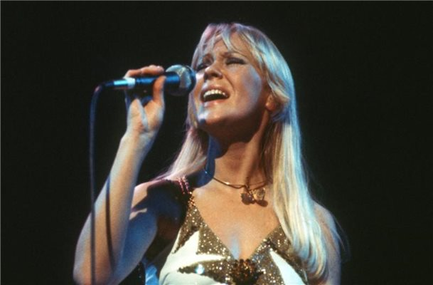 "Agnetha Fältskog im Jahr 1977. In dem Jahr erschienen Abba-Hits wie ""Knowing Me, Knowing You"" oder ""The Name Of The Game"". Foto: Chris Hoffmann/dpa"