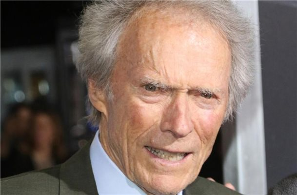 "Clint Eastwood bei der Weltpremiere des Films ""The Mule"" in Los Angeles. . Foto: Willy Sanjuan/Invision/AP/dpa"