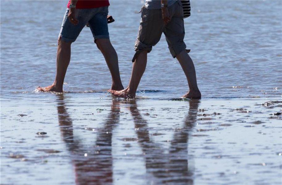 Laufen ohne Schuhe stärkt die Füße