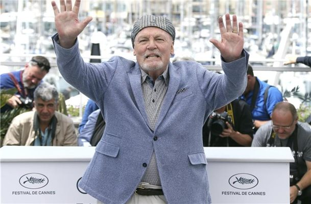TV-Star Stacy Keach erhält einen Hollywood-Stern