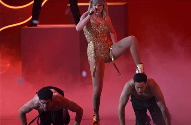 Taylor Swift ist die AMA-Queen. Foto: Chris Pizzello/Invision/AP/dpa