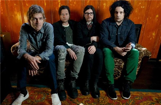 """Help Us Stranger"": Gitarrenrock von The Raconteurs"